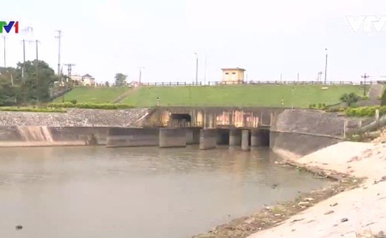 Xây hàng loạt đập trên sông Hồng: Còn nhiều ý kiến trái chiều
