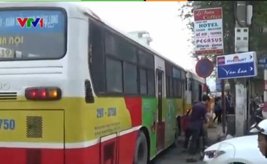 Hà Nội đưa 30 xe buýt lớn tiêu chuẩn vào vận hành