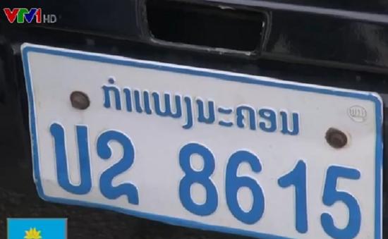 Nhiều khó khăn trong kiểm soát xe khách biển số Lào tại Nghệ An