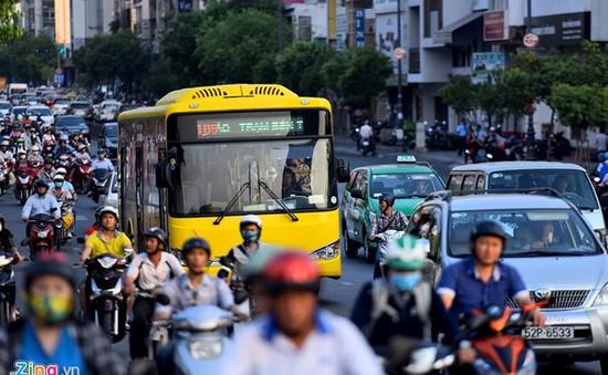 TP.HCM thí điểm vận hành 3 tuyến xe bus không trợ giá