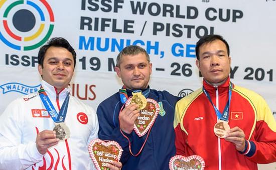Hoàng Xuân Vinh giành HCĐ giải bắn súng thế giới 2016 tại Đức
