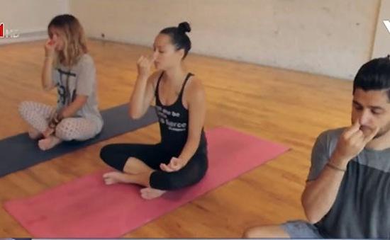 Thiết bị điều hòa nhịp thở cho người tập yoga
