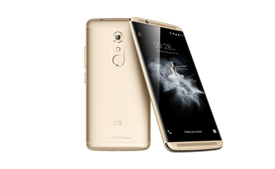 """ZTE ra mắt flagship Axon 7 với RAM 4GB/6GB, camera 20 """"chấm"""", giá dưới 500 USD"""