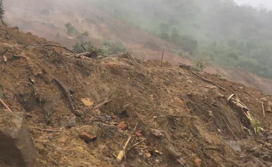 Video: Lại lở đất ở Quảng Nam khiến 4 người chết, 9 người bị thương