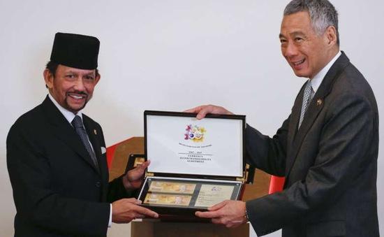 Brunei, Singapore ra mắt tờ tiền chung