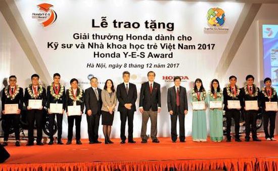 Trao tặng giải thưởng cho kỹ sư và nhà khoa học trẻ Việt Nam