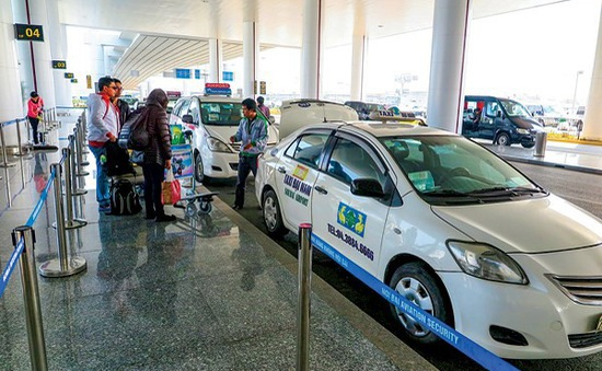 Quy định về niên hạn taxi tại sân bay Nội Bài: Liệu có thỏa đáng?