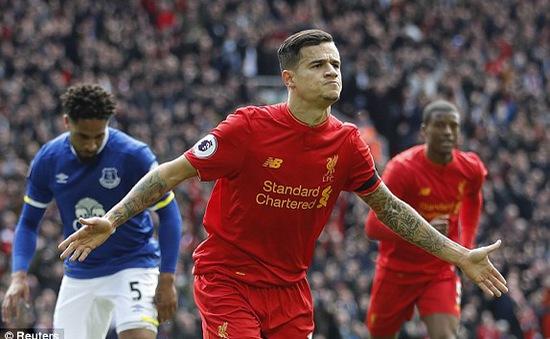 """Khuất phục """"hàng xóm"""" Everton, Liverpool soán hạng 3 của Man City"""