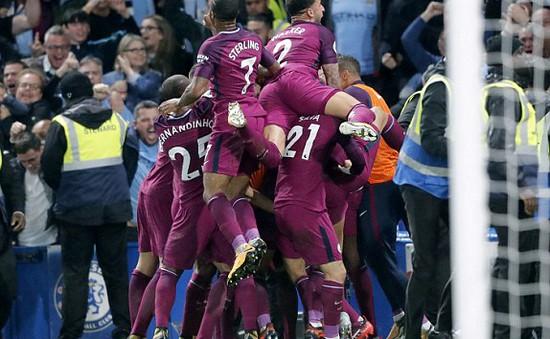 Ngoại hạng Anh ngày 30/9: Man City đả bại Chelsea, lấy lại ngôi đầu từ tay Man Utd