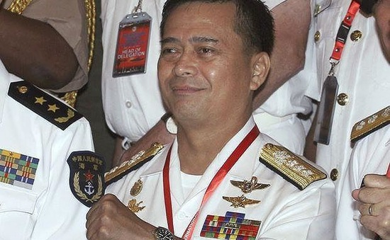 Tư lệnh Hải quân Philippines bất ngờ bị cách chức