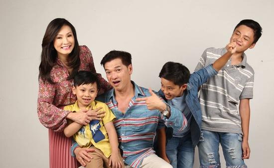 """Sitcom """"Gia đình vui nhộn"""" và những hình ảnh phía sau ống kính"""