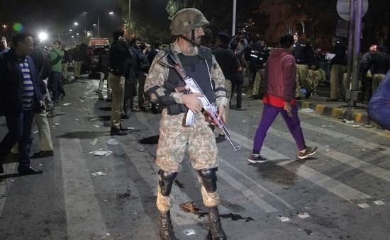 Đánh bom ở Pakistan, hàng chục người thiệt mạng