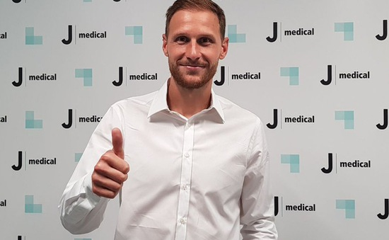 Juventus đón trung vệ mới từ Schake