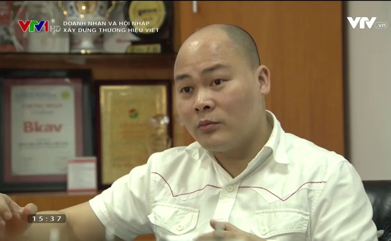 """""""Cú nổ"""" Bphone 2 và bài học xây dựng thương hiệu Việt"""