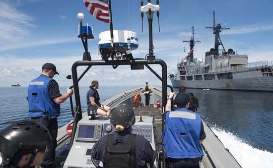 Mỹ, Philippines tuần tra chung trên biển