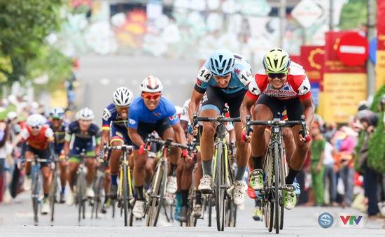 ẢNH: Những khoảnh khắc ấn tượng chặng 13 Giải xe đạp quốc tế VTV Cúp Tôn Hoa Sen 2017