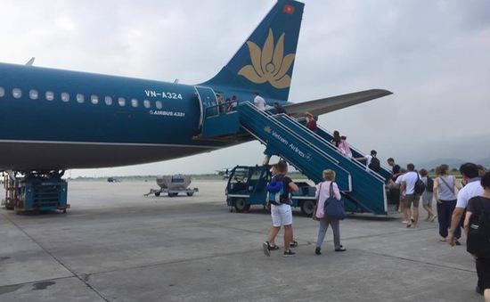 Hãng hàng không chậm chuyến bay phải lo chỗ ăn, ngủ cho hành khách