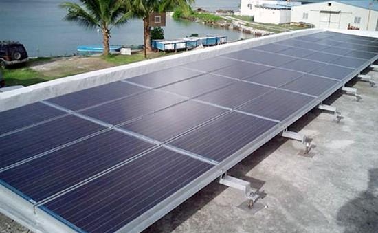 Đưa vào sử dụng nguồn điện mặt trời ở Đảo Bé, Lý Sơn