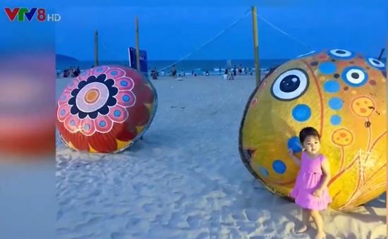 Vợ chồng nghệ sỹ Mỹ Dũng - Người vẽ nên sắc màu biển cả