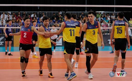 ĐT bóng chuyền nam Việt Nam thua ngược đáng tiếc trước Thái Lan ở bán kết SEA Games 29