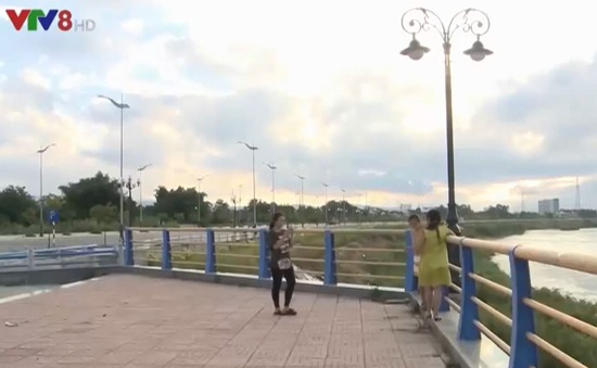 Lợi ích kép từ con đường bờ Nam sông Trà Khúc, Quảng Ngãi