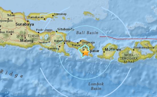 Thiên đường du lịch Bali rung chuyển vì động đất mạnh