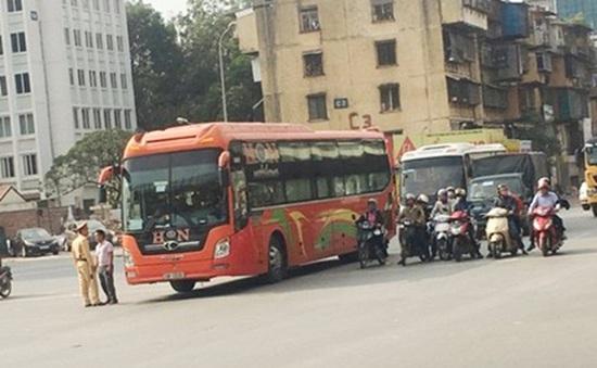 Đề nghị điều chỉnh xe khách liên tỉnh chạy xuyên tâm Hà Nội