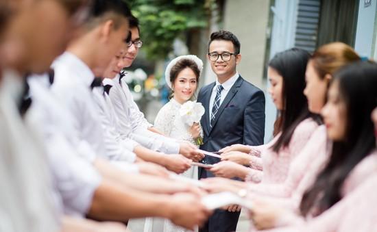 MC Đức Bảo khoe ảnh lễ ăn hỏi ngập tràn hạnh phúc