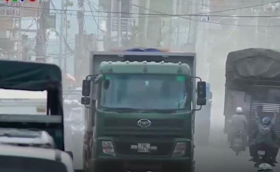 """Nỗi ám ảnh """"hung thần"""" xe ben tại Nha Trang"""