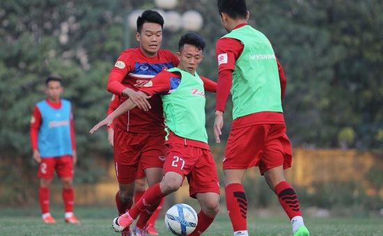 ĐT U23 Việt Nam chia tay Văn Long, bổ sung Thành Chung, gọi lại Phí Minh Long