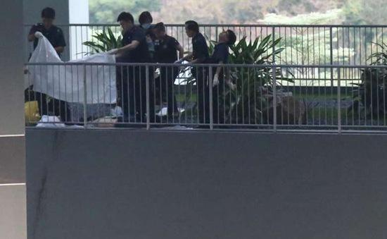 Rơi xuống từ tầng 15 khách sạn, một thanh niên Việt chết thảm ở Singapore