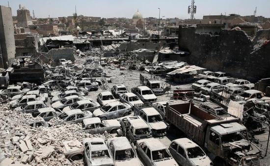 Thành phố Mosul (Iraq) đổ nát sau khi được giải phóng