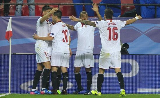 Lượt đi vòng 1/8 Champions League: Juventus đặt một chân vào tứ kết, Leicester tiếp tục thất bại