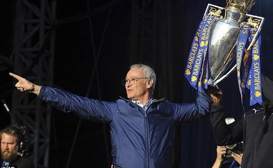 """Truyền thông Italy """"sốc nặng"""" vì Ranieri bị sa thải"""