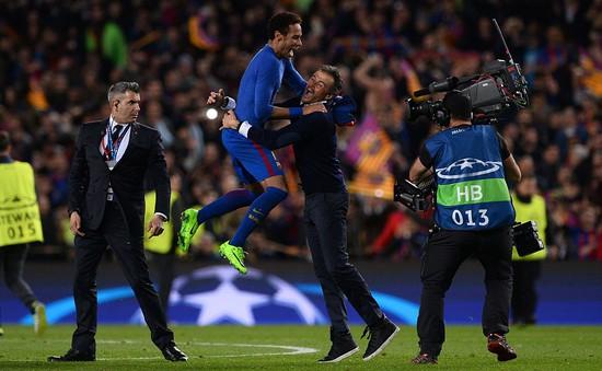 Giúp Barcelona ngược dòng lịch sử trước PSG, HLV Enrique vẫn quyết ra đi vào cuối mùa