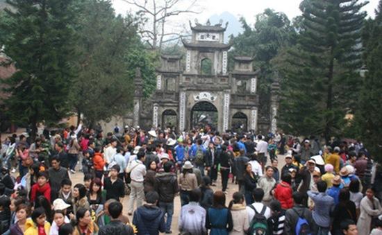 Khai hội chùa Hương 2017: Có đông song rất trật tự