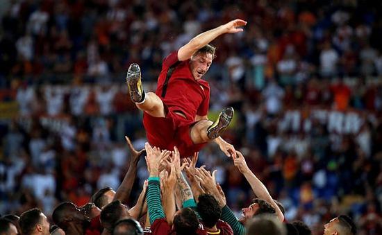 Totti: Roma chào đón tôi như một đứa trẻ và khi ra đi, tôi là một người đàn ông