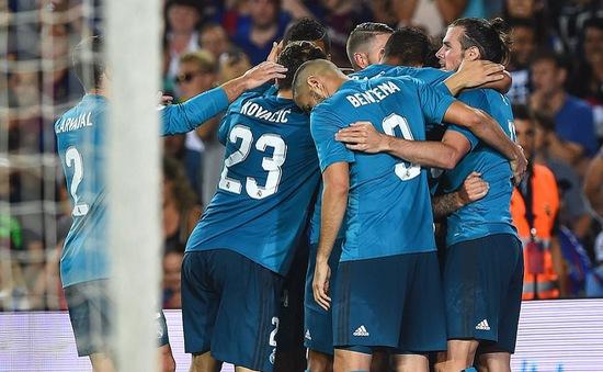 Ronaldo nhận thẻ đỏ, Real Madrid vẫn thắng đậm Barcelona