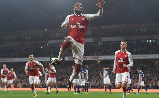 VIDEO Arsenal 2-0 West Brom: Lacazette phá hỏng ngày Barry đi vào lịch sử