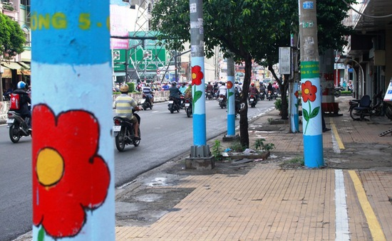 """Vai trò của không gian nghệ thuật công cộng từ câu chuyện cột điện """"nở hoa""""?"""
