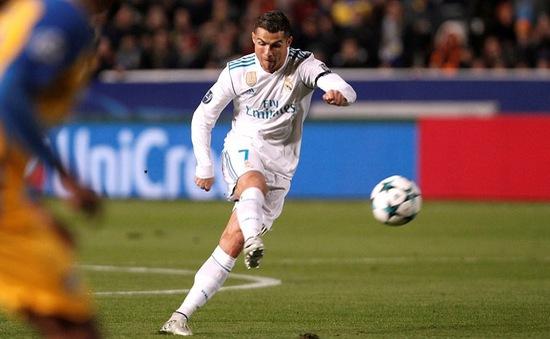 """Real Madrid """"đánh tennis"""", Cris Ronaldo phá sâu kỷ lục tại Champions League"""