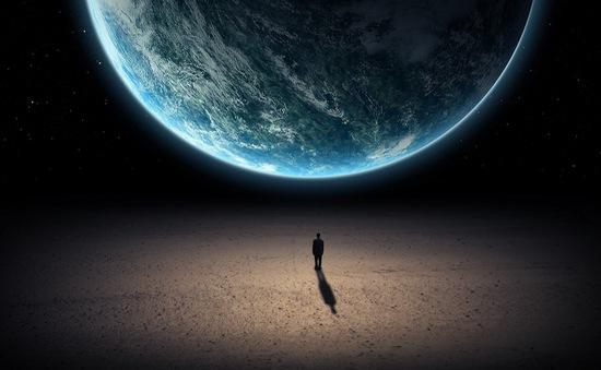 Con người sẽ phải rời Trái đất trong vòng 100 năm tới