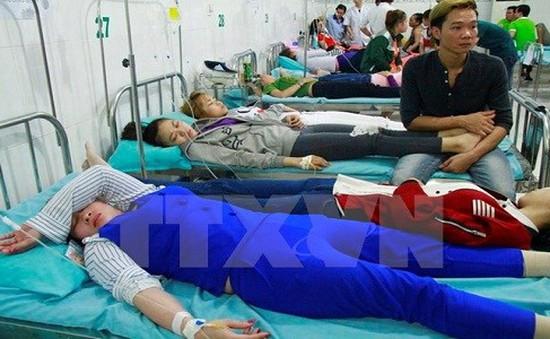 Hơn 500 công nhân ngộ độc ở An Giang: Do thức ăn nhiễm khuẩn