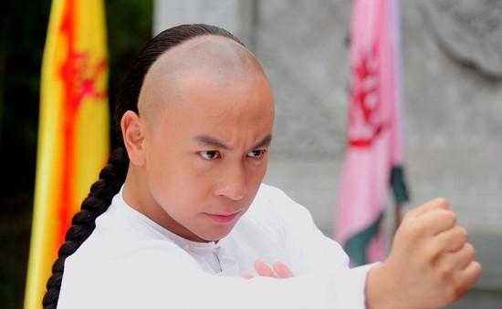 Khó nhận ra Thích Tiểu Long trong phim Thiết Kiều Tam