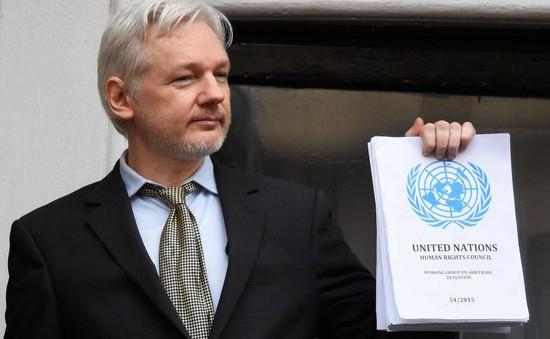 Ecuador kêu gọi mở đường an toàn cho nhà sáng lập WikiLeaks rời Anh