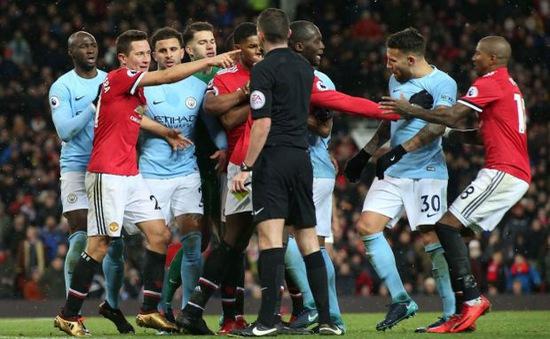 Không phải vì Mourinho, hóa ra đây mới là nguyên nhân Man Utd, Man City ẩu đả
