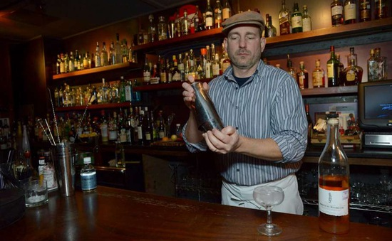 Mỹ quản lý chặt chẽ việc kinh doanh đồ uống có cồn