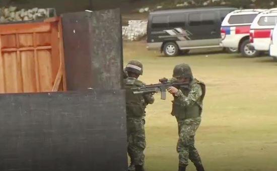Australia cố vấn quân sự cho Philippines