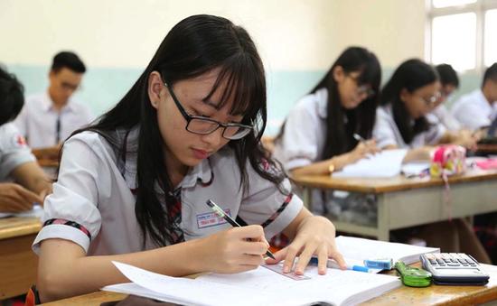 Giải pháp mới cho việc tổng ôn, luyện đề của học sinh THPT