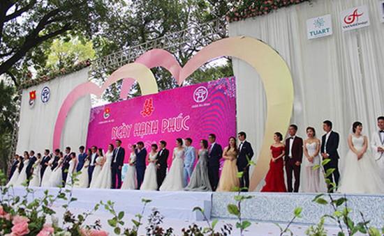 Xúc động đám cưới tập thể của 36 cặp đôi ở Thủ đô